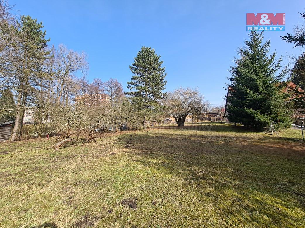 Prodej pozemku k bydlení, 1674 m², Broumov