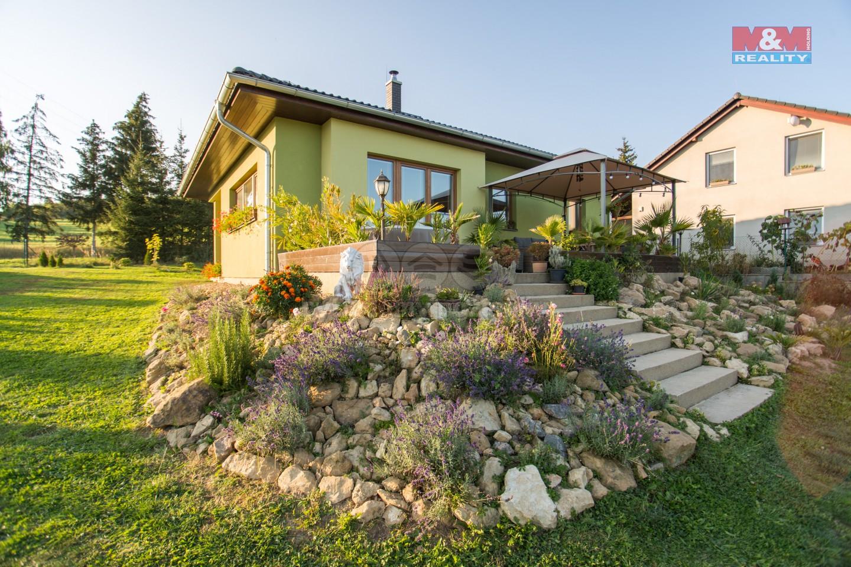 Prodej rodinného domu 3+1, 1683 m², Lazinov