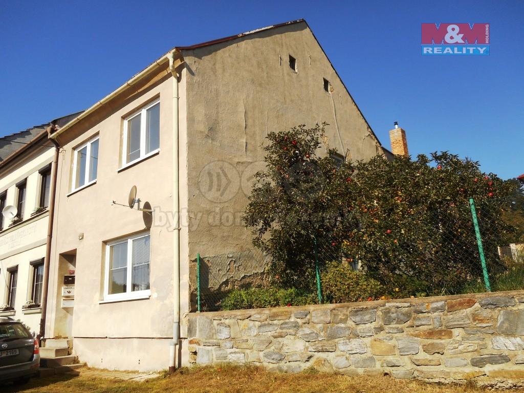 Prodej bytu 1+1, 38 m², Velké Opatovice, ul. nám. Osvobození