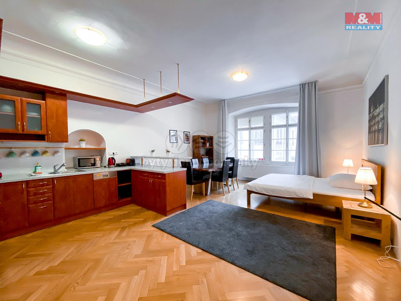 Podnájem bytu 2+kk, 85 m², Praha, ul. Maltézské náměstí