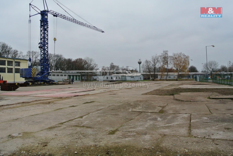 Pronájem provozní plochy, 4000 m², Pardubice - Semtín