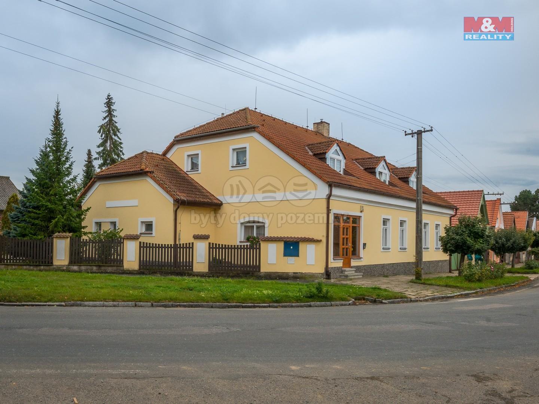Prodej obchodního objektu, 1348 m², Krchleby