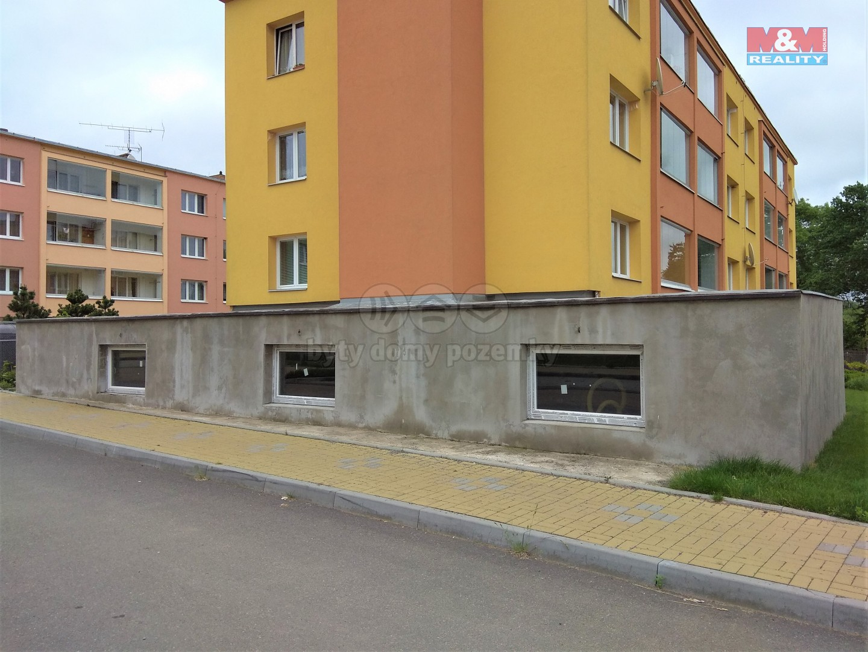 Prodej obchodních prostorů, 134 m², Divišov, ul. Závodní