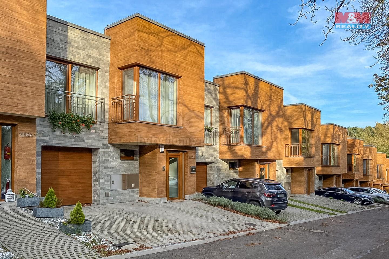 Pronájem rodinného domu 4+kk,132 m², Ostrava, ul. Na Šestém