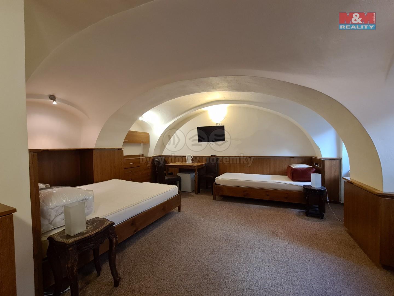 Pronájem bytu 1+kk, 28 m², Olomouc, ul. Šemberova
