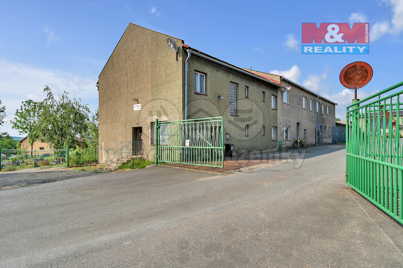 Prodej výrobního objektu, 867 m², Pohledec