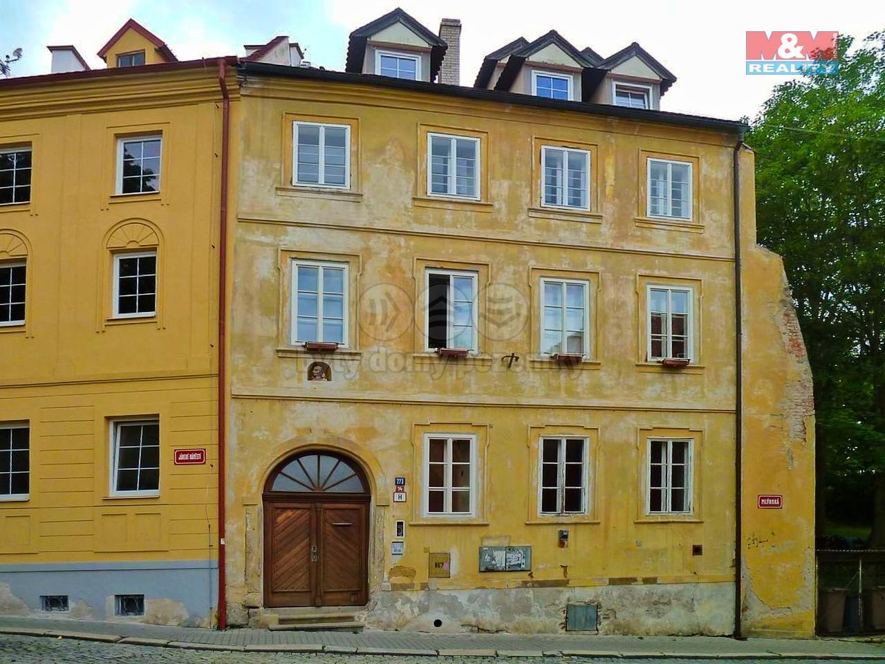 Pronájem bytu 2+kk, 60 m², Cheb, ul. Jánské náměstí