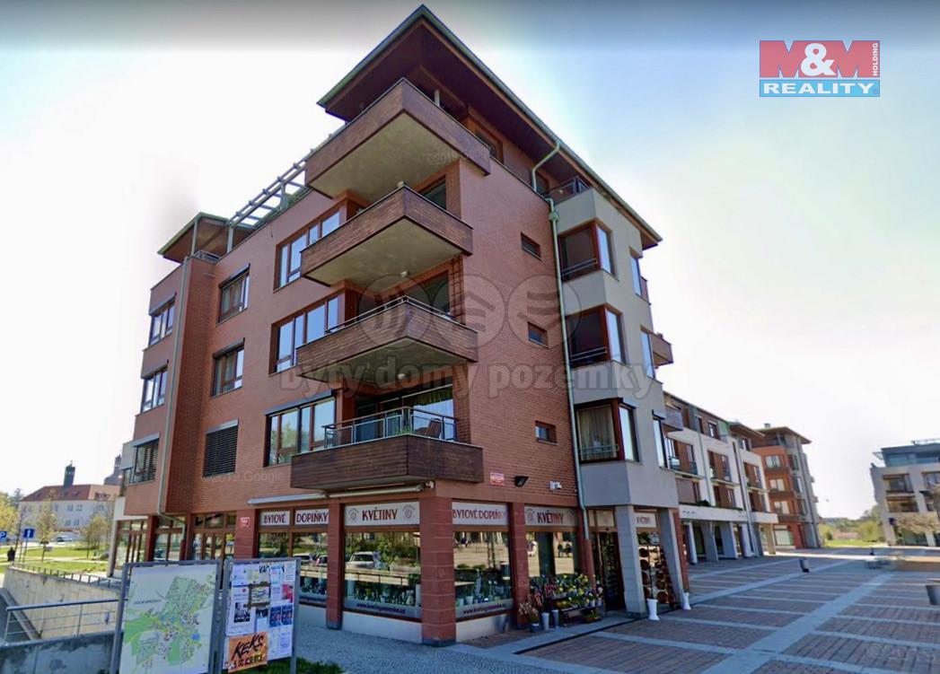 Pronájem bytu 1+kk, 41 m², Dolní Břežany, Náměstí