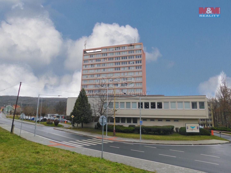 Pronájem kancelářského prostoru, 36 m², Bílina, ul. 5. května