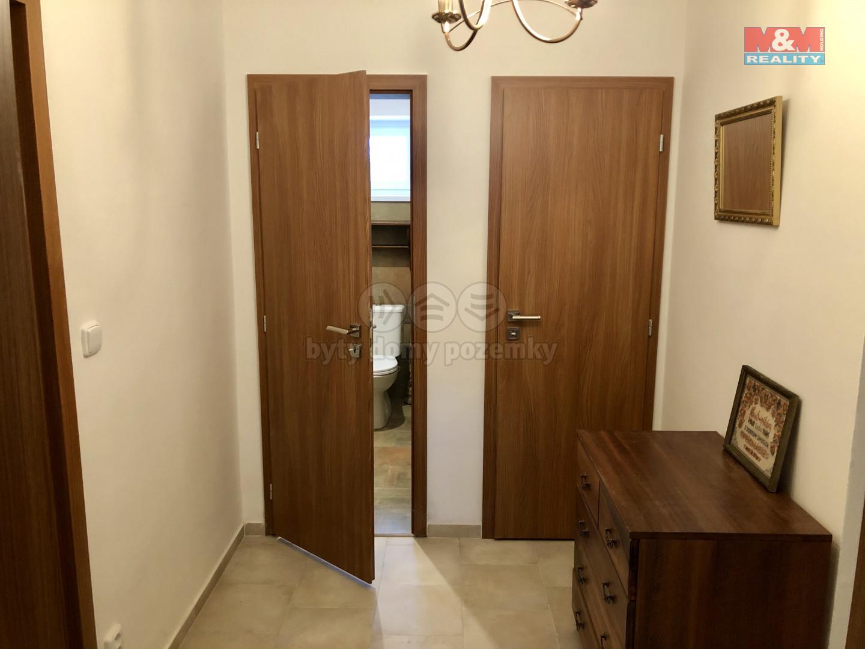 Toaleta komora vstupy