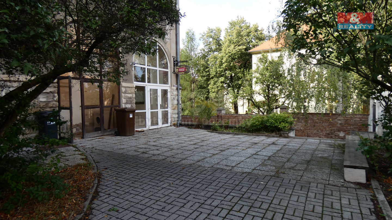 Pronájem obchod a služby, 65 m², Žatec, ul. Husova