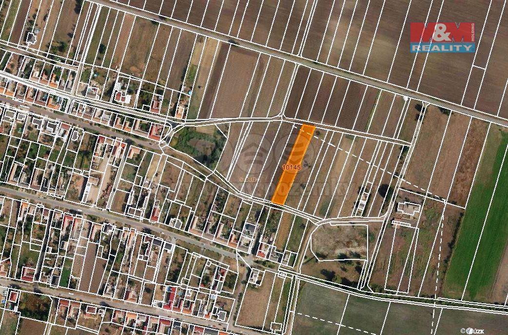 Prodej pole, 2300 m², Hrabětice