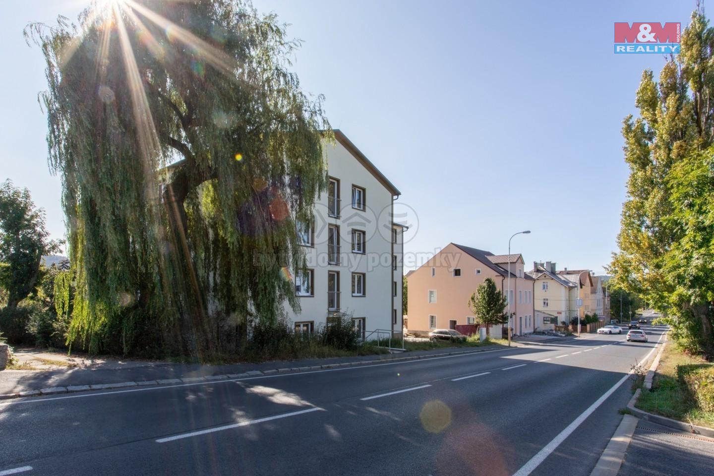 Pronájem bytu 1+kk, 25 m², Karlovy Vary, ul. Jáchymovská