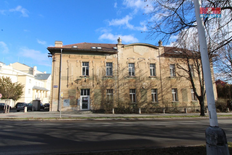 Prodej kancelářského prostoru, 780 m², Kladno, ul. J. Hory