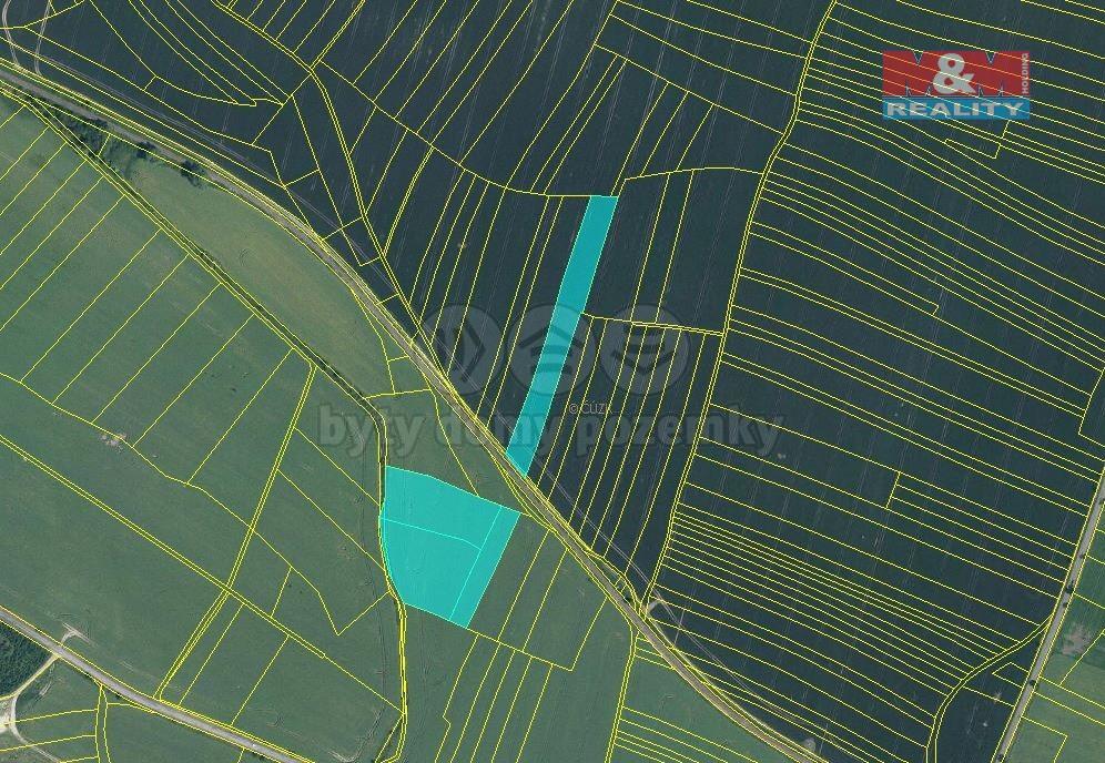 Prodej pole, 19725 m², Městec Králové