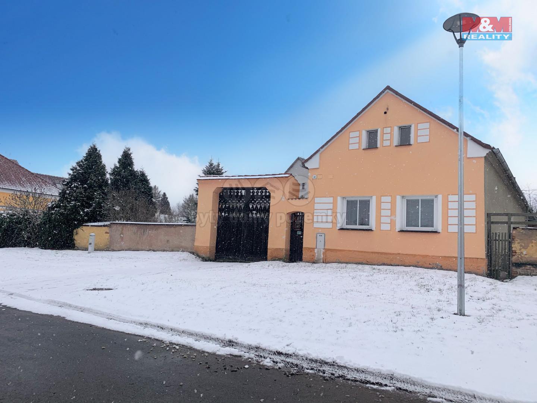 Prodej rodinného domu, 400 m², Honezovice