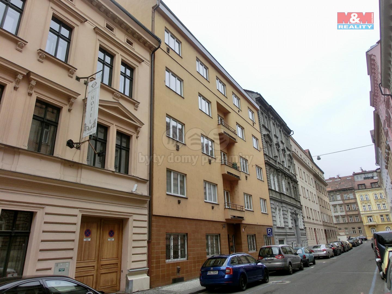 Pronájem bytu 1+kk, 32 m², Praha, ul. Na Celné
