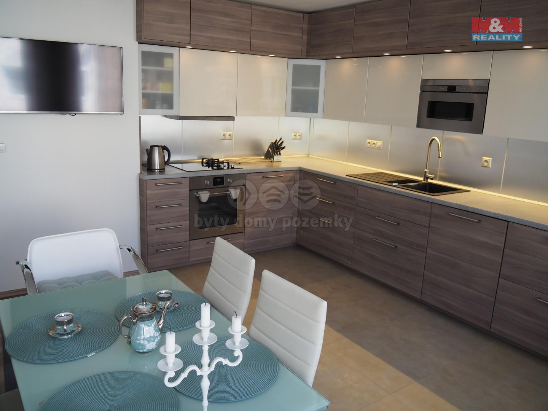 Prodej, rodinný dům, 160 m², Praha - Kobylisy