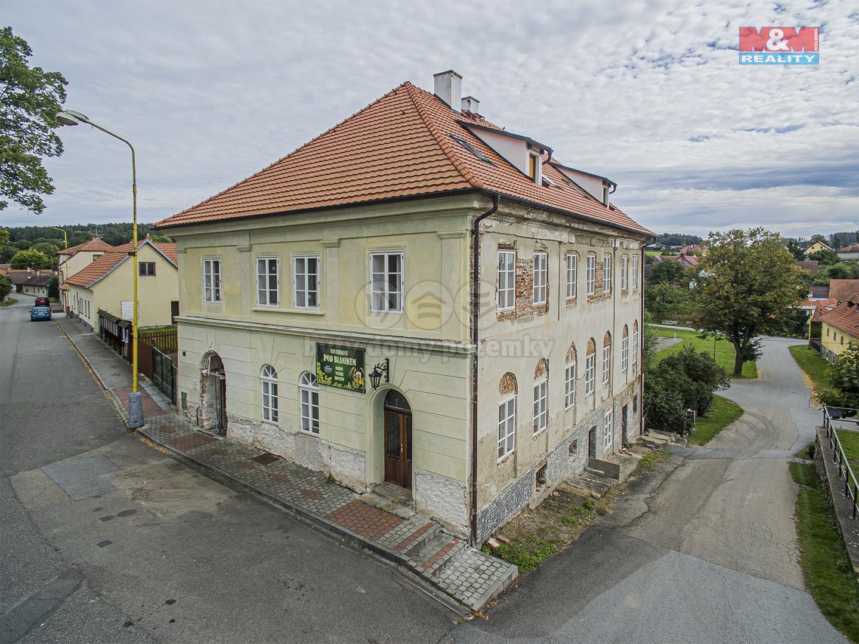 Prodej komerčního domu, 685 m², Louňovice pod Blaníkem