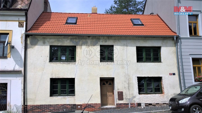 Prodej rodinného domu, 148 m², Karlovy Vary, ul. Na Rolavě
