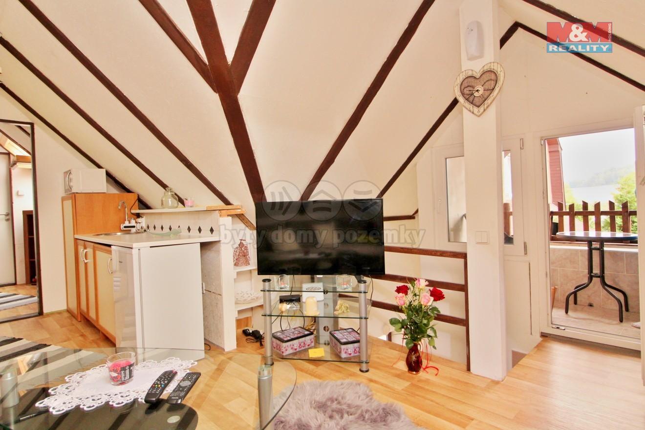 Pronájem bytu 1+1, 45 m², Dubá, ul. Nové město