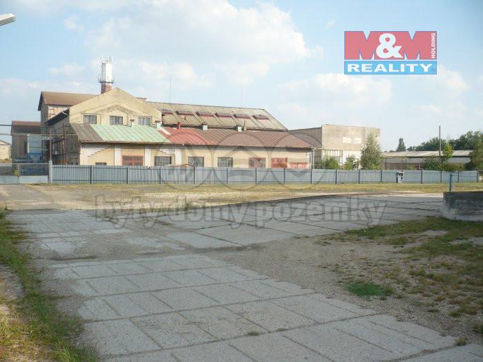 Pronájem provozní plochy, 15000 m², Hospozín