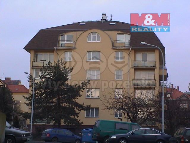 Pronájem, mezonetový byt 5 +1, 150 m2, Praha - 5, Malvazinky