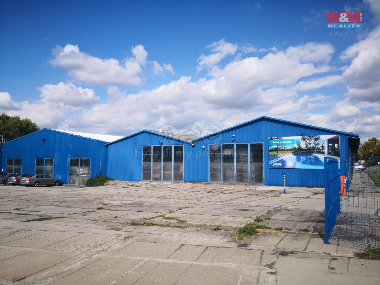 Pronájem skladu, 1114 m², Osov