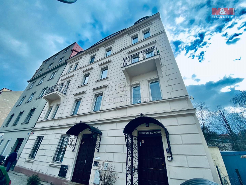 Prodej bytu 1+kk v Praze, ul. Starokošířská