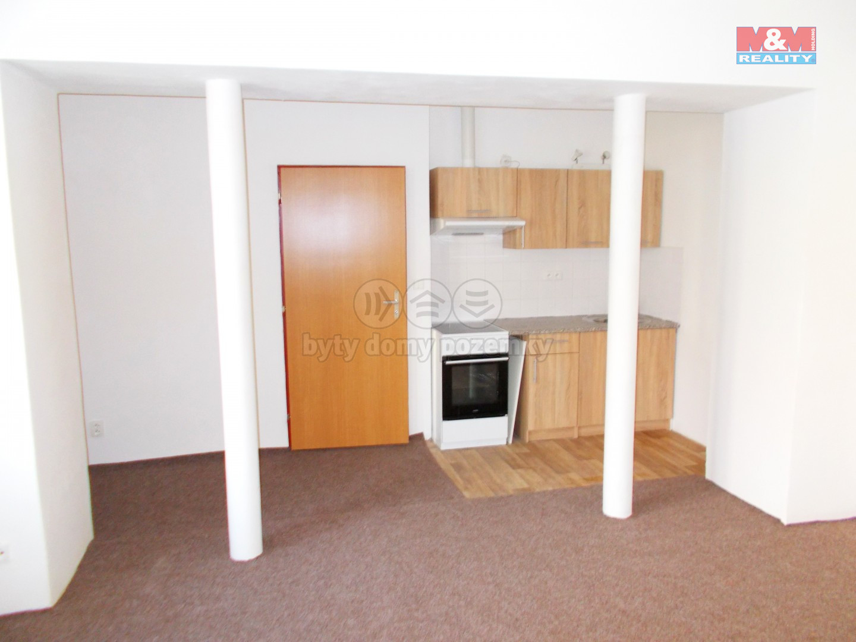Pronájem bytu 1+kk, 38 m², Česká Lípa, ul. Hrnčířská