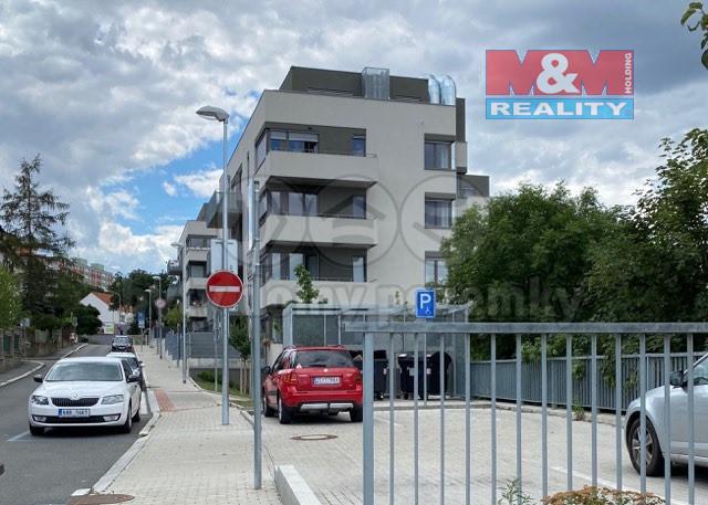 Prodej bytu 1+kk, 47 m², Praha, ul. Hadovitá
