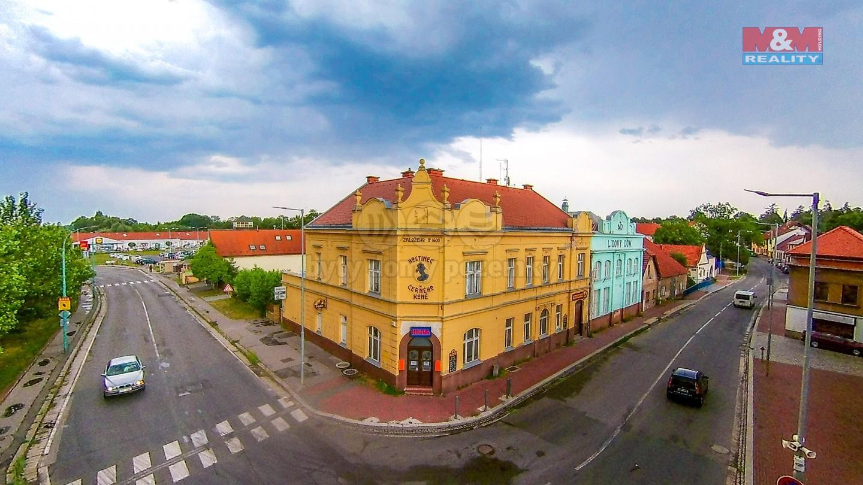 Prodej domu a nebytových prostor, 1681 m², Český Brod