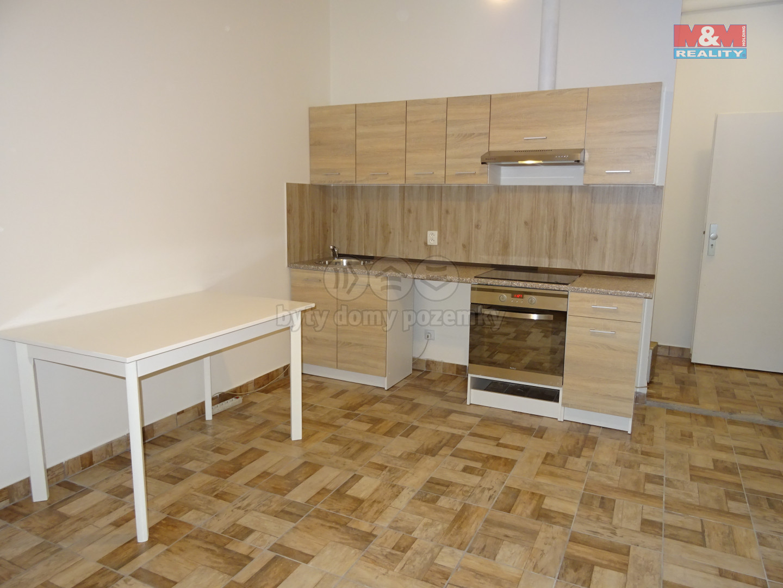 Pronájem, byt 2+kk, 40 m2, Hořovice, ul. 9. května