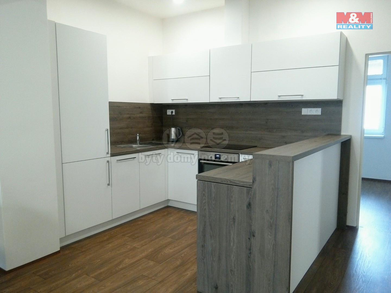 Pronájem bytu 2+kk, 63 m², Krnov, ul. Revoluční