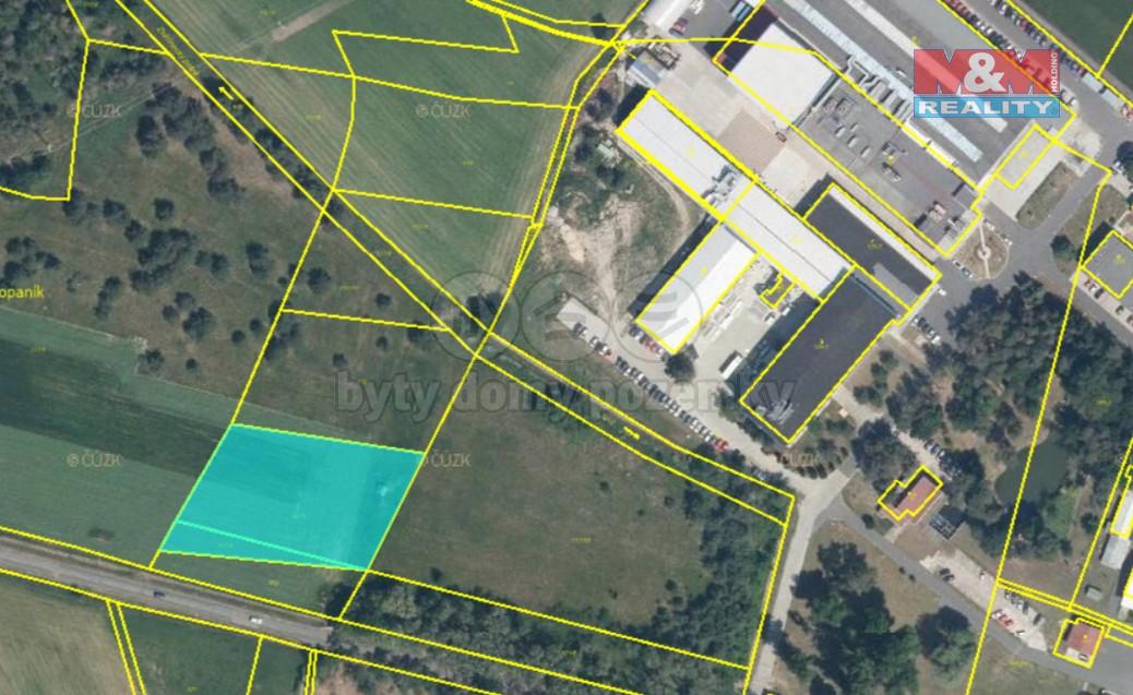 Prodej pole, 3942 m², Zvěřínek