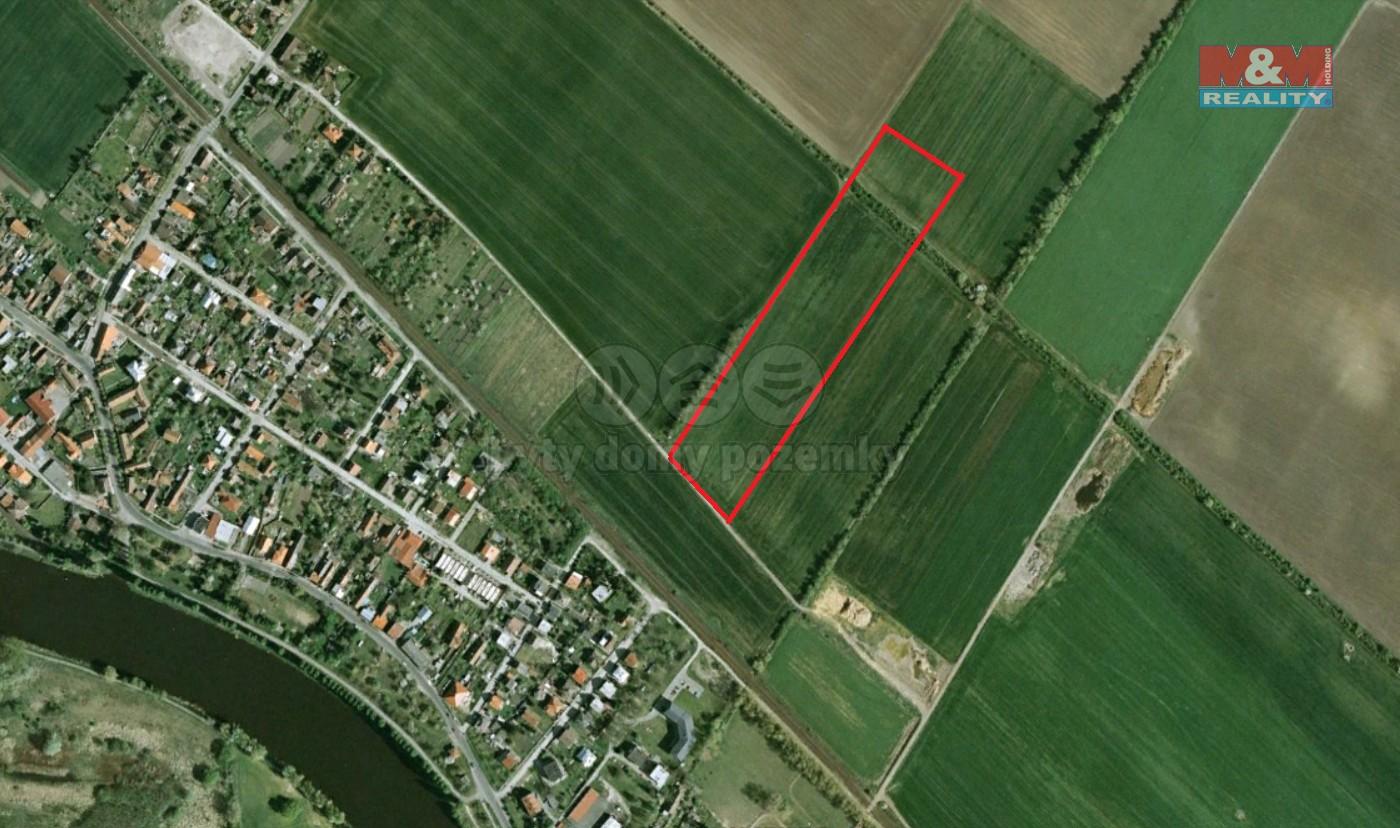 Prodej pole, 38171 m², Poděbrady