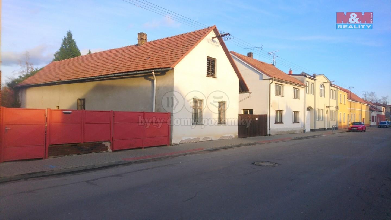 Prodej rodinného domu, Holice, ul. Bratří Čapků