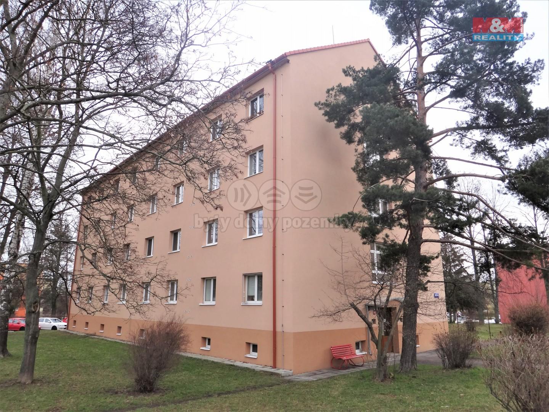 Pronájem bytu 1+1, 32 m², Kladno, ul. Vítězná