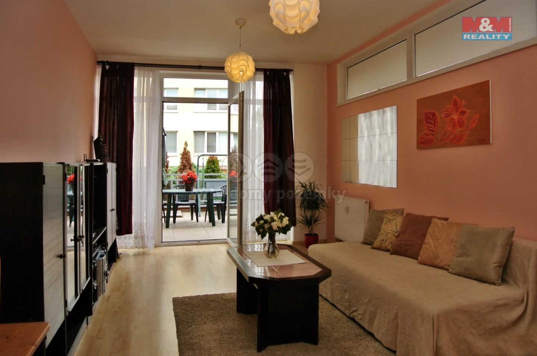 Pronájem bytu 1+kk, 53 m², Praha, ul. Běchorská