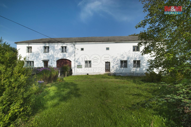 Prodej rodinného domu, 4408 m², Javorník