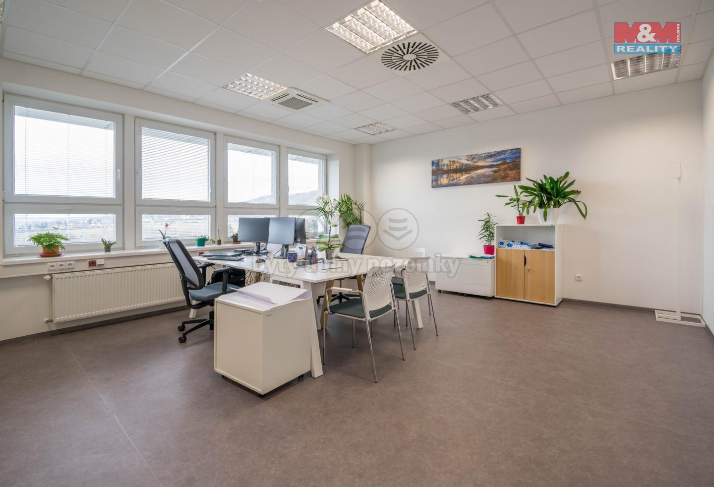 Pronájem skladu a kanceláře, 727 m², Mníšek pod Brdy