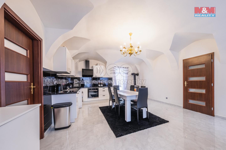 Prodej rodinného domu, 202 m², Březnice, ul. Lokšany