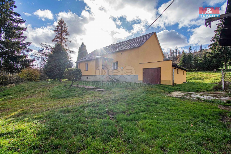 Prodej rodinného domu 4+1, 240 m², Čaková