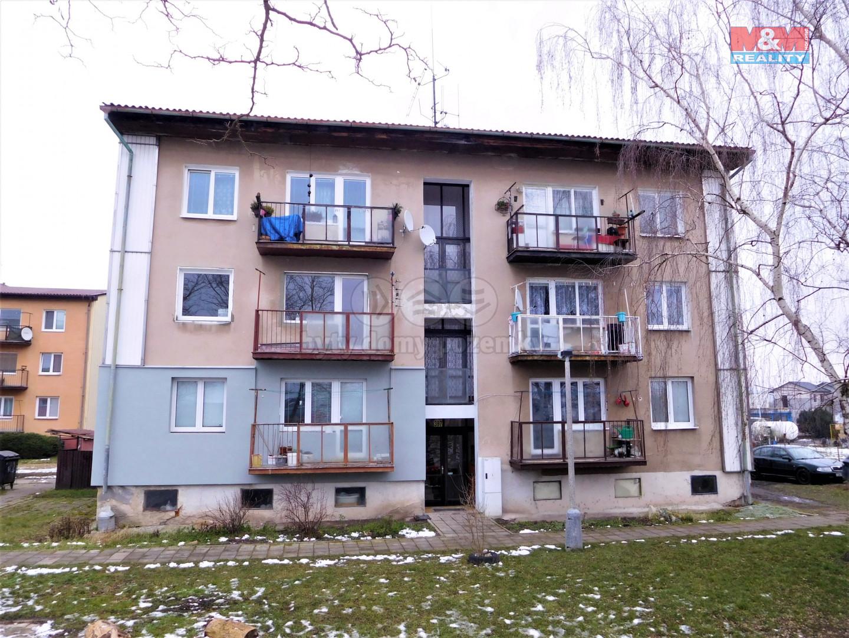 Prodej bytu 3+1, 76 m², Dobroměřice