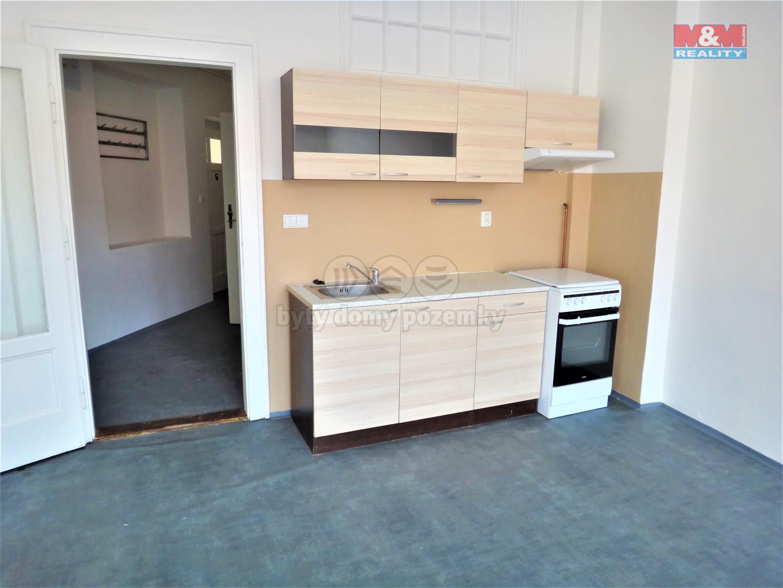 Pronájem bytu 2+kk, 65 m2, Kladno, ul. Váňova