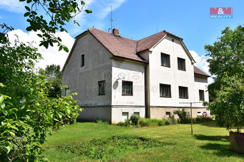 Prodej rodinného domu, 400 m², Luštěnice, ul. Nádražní