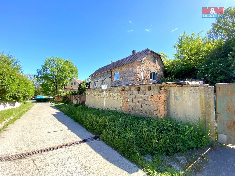 Dům z ulice (Prodej, chalupa, 130 m², Hoštka, ul. K vinici), foto 1/15