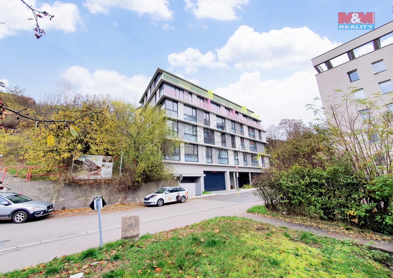 Prodej bytu 1+kk, 39 m², Praha, ul. Ve Střešovičkách
