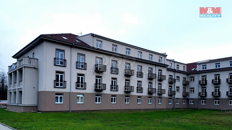 Pronájem bytu 1+kk v Milovicích, ul. Slepá