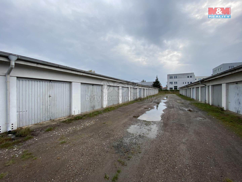 Pronájem garáže, 19 m², Hradec Králové, ul. U Mostku